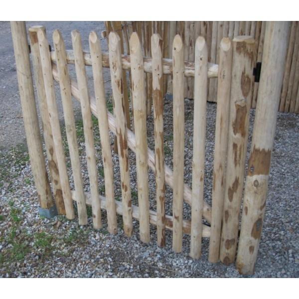 Portillon potager en bois rond